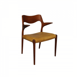 Cadeira Niels O. Moller em teca